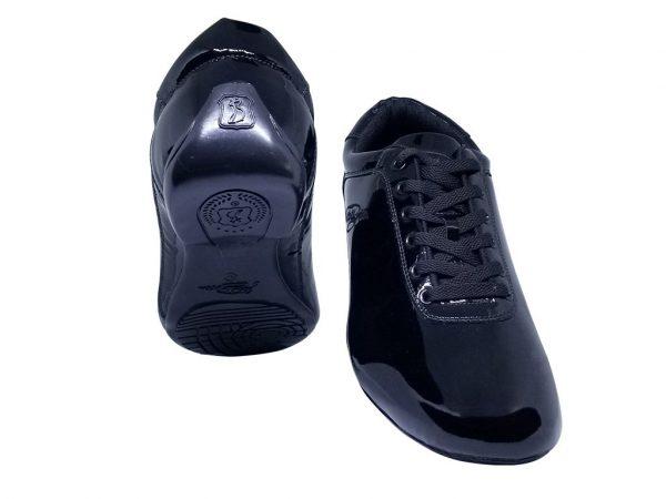 black R10 dance shoes