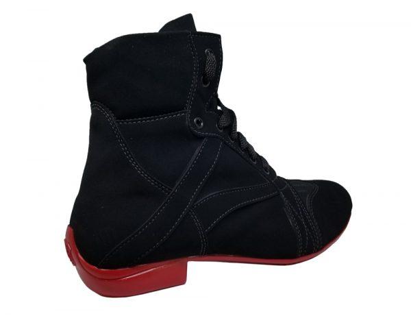 bota negra dance